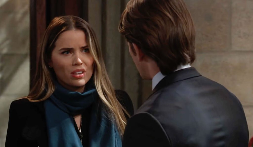 Sasha at Sonny's funeral with Michael on GH ABC