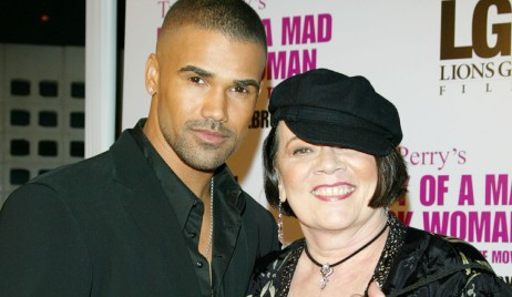 "Shemar Moore with mom Marilyn""Diary of a Mad Black Woman"" Los Angeles PremiereArclight HollywoodHollywood, CA2/21/05©Jill Johnson/jpistudios.com310-657-9661"