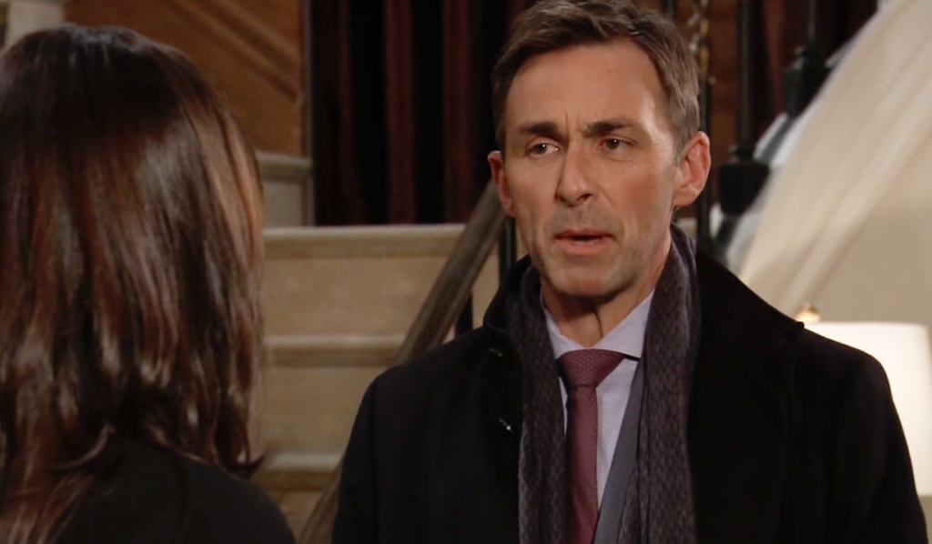 Valentin warns Anna about Peter on GH ABC