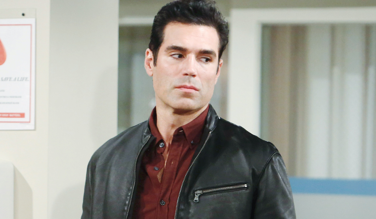 "Jordi Vilasuso ""The Young and the Restless"" rey hw"