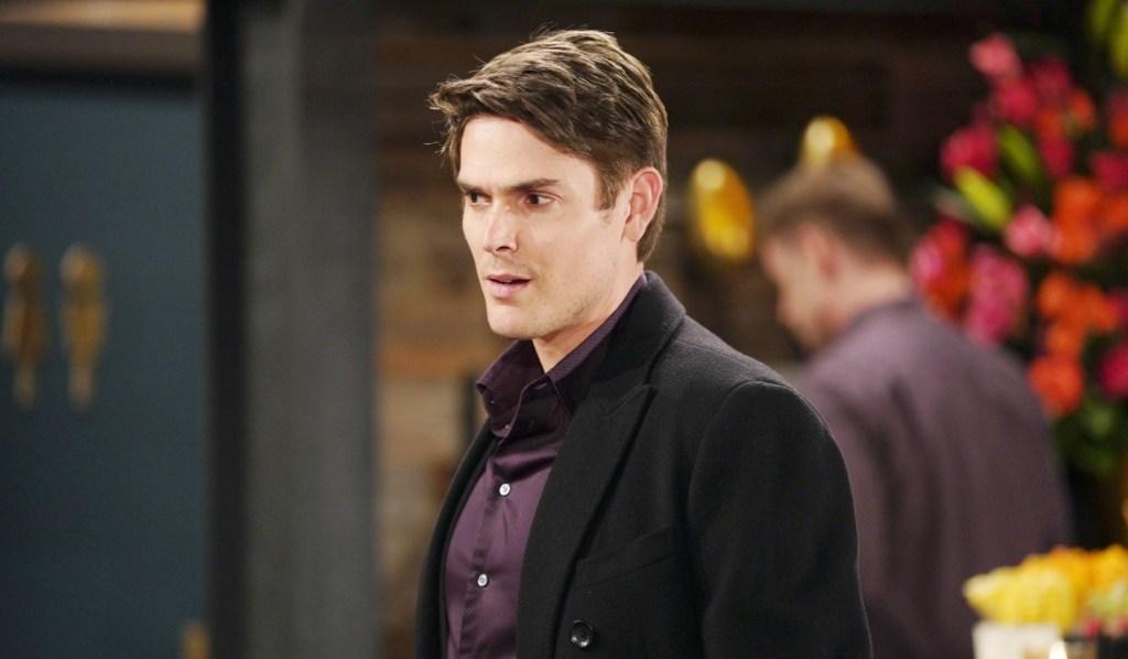 Adam bumps into Sharon at Society Y&R