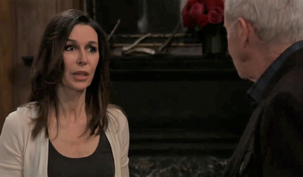 Anna asks Robert for help at home General Hospital