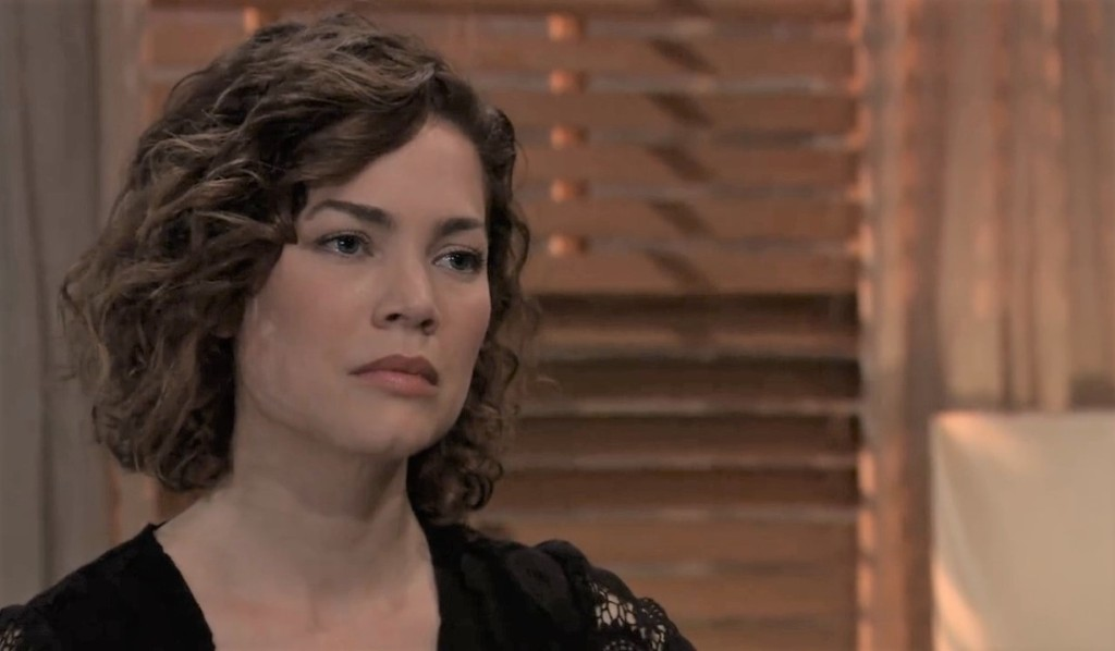 Liz and Carly argue about Jason at Liz's place General Hospital