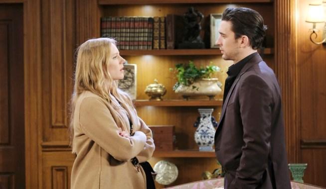 Chad surprises Abigail at DiMera mansion Days