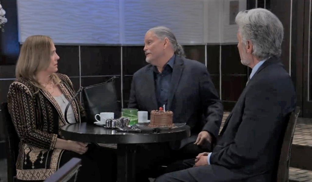 Cyrus, Martin and Laura talk Florence at Metro Court General Hospital