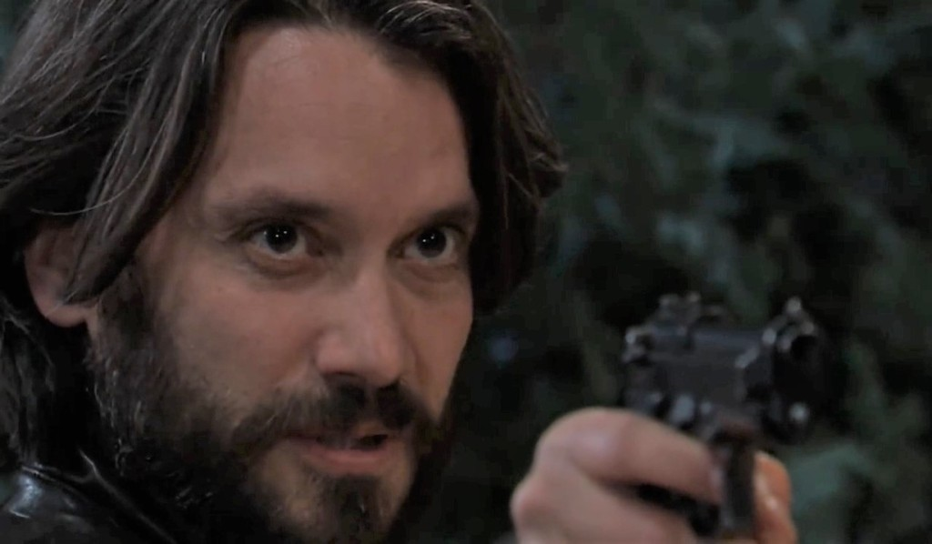 Dante tries to kill Peter in cemetery General Hospital