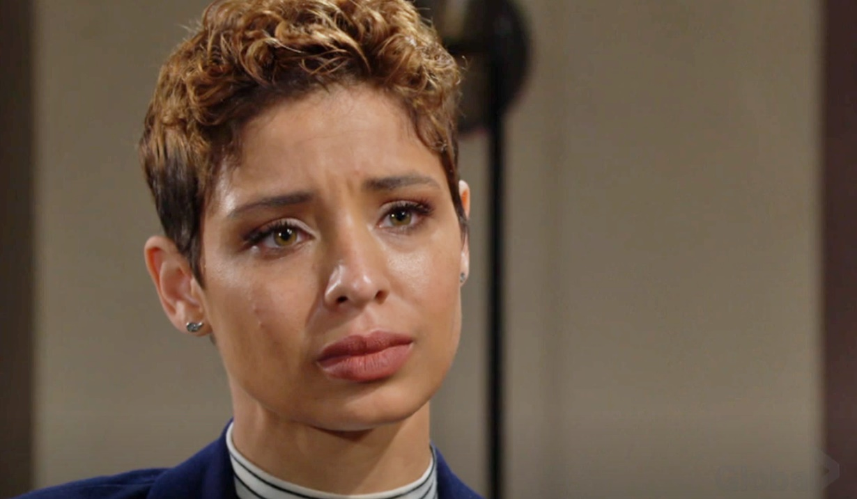 brytni asks fans to pray for her father