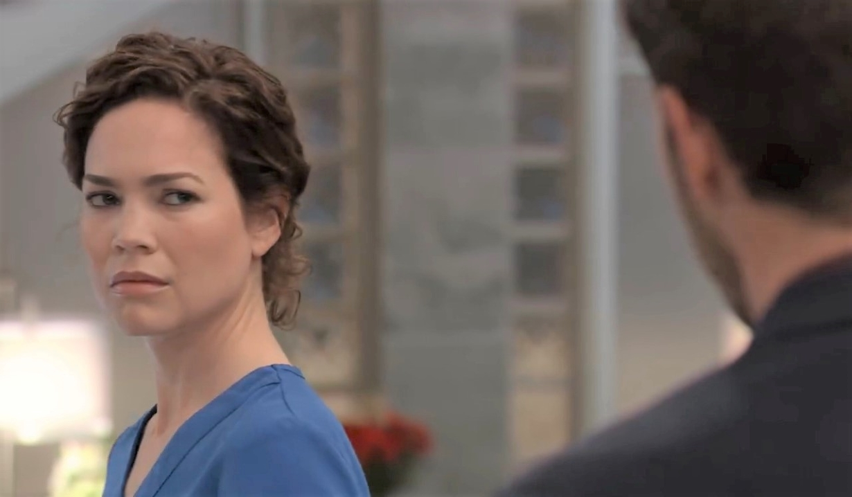 Peter tells Liz he wants responsibility at General Hospital