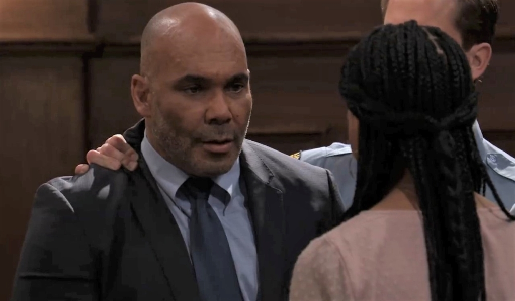 Marcus tells Trina he's changed his plea at courthouseGeneral Hospital