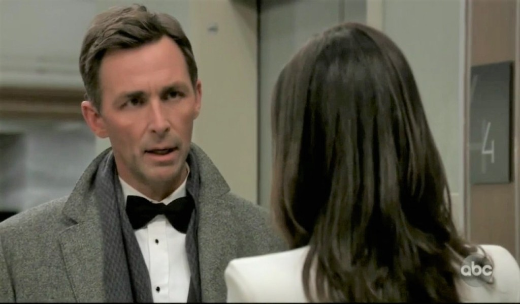 Valentin and Anna catch up at General Hospital