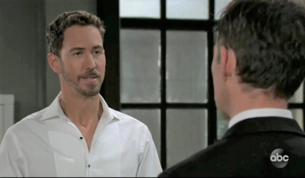 Valentin apologizes to Peter at Metro Court General Hospital
