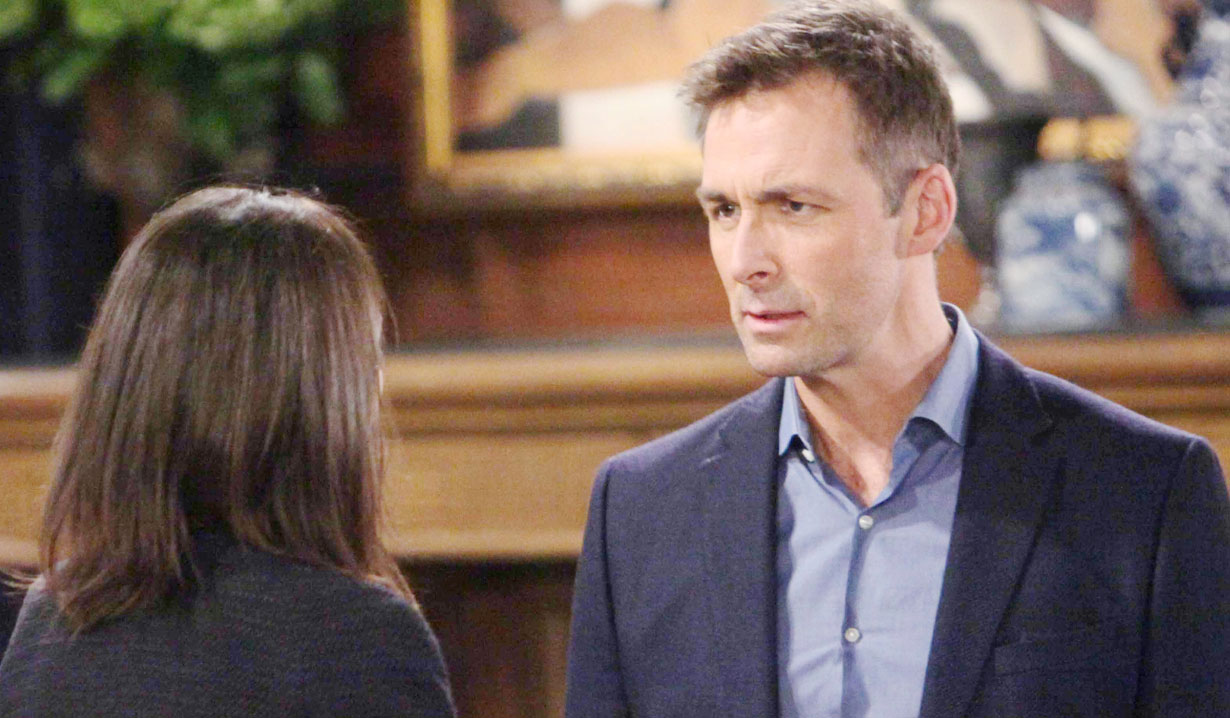 anna and valentin put their heads together GH