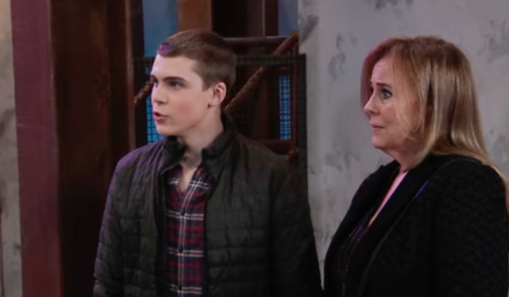 Cam and Laura on GH