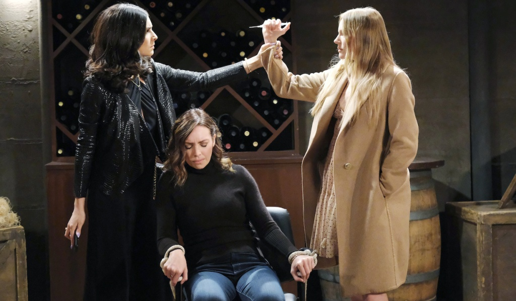 Gabi stops Abigail from injecting Gwen on Days of Our Lives