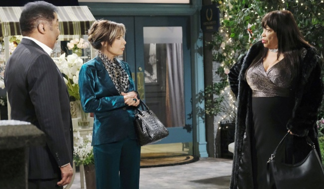 Kate meets Paulina with Abe in Horton Square on Days of Our Lives