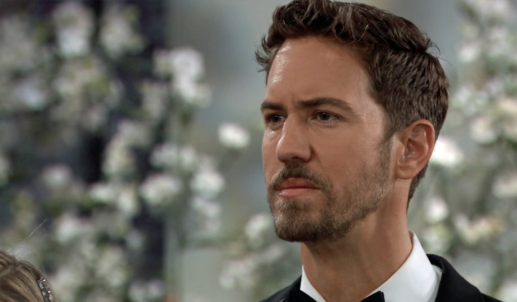 Peter is betrayed at his wedding GH