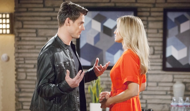 "Mark Grossman, Sharon Case ""The Young and the Restless"" Set CBS television City Los Angeles 04/09/19 © Howard Wise/jpistudios.com 310-657-9661 Episode # 11683 U.S. Airdate 05/13/19"