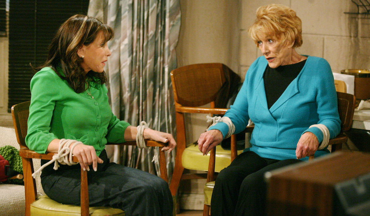 """Jeanne Cooper, Kate Linder """"The Young and the Restless"""" Set CBS Television City Los Angeles 2/4/09 ©Aaron Montgomery/jpistudios.com 310-657-9661 Episode #9097 air date 3/5/09"""