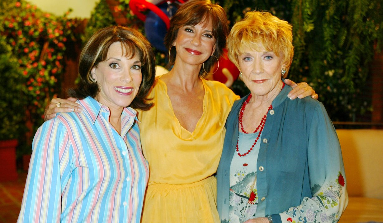 """Jeanne Cooper, Jess Walton, Kate Linder """"The Young and the Restless"""" Set CBS Television City 6/6/05 ©Aaron Montgomery/jpistudios.com 310-657-9661"""