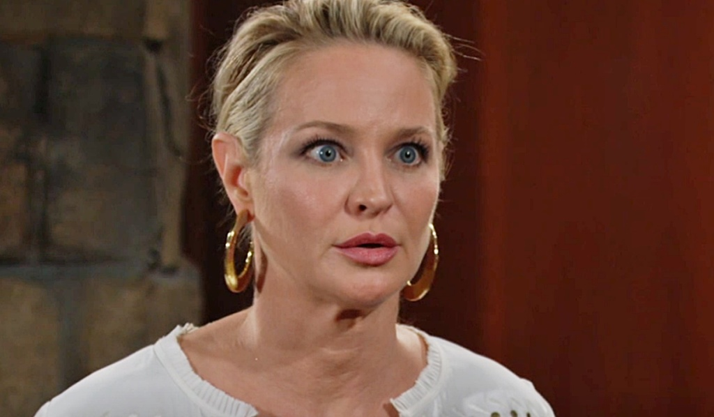 Sharon defends Adam to Rey YR