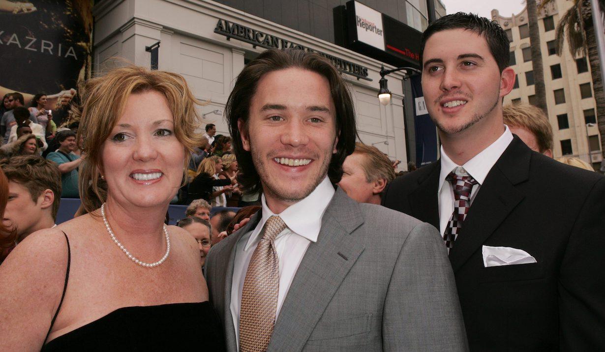 Tom Pelphrey, Mom Laurie, Brother Bobby33rd Annual Daytime Emmy Awards - ArrivalsKodak TheatreHollywood4/28/06©Jill Johnson/jpistudios.com310-657-9661
