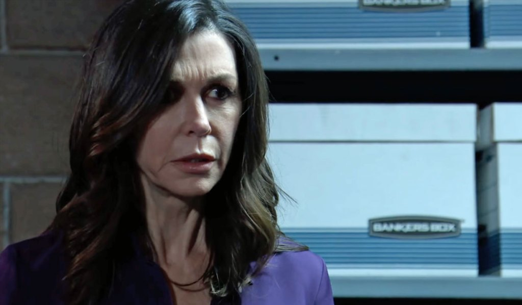 Anna worries about Peter's threat GH