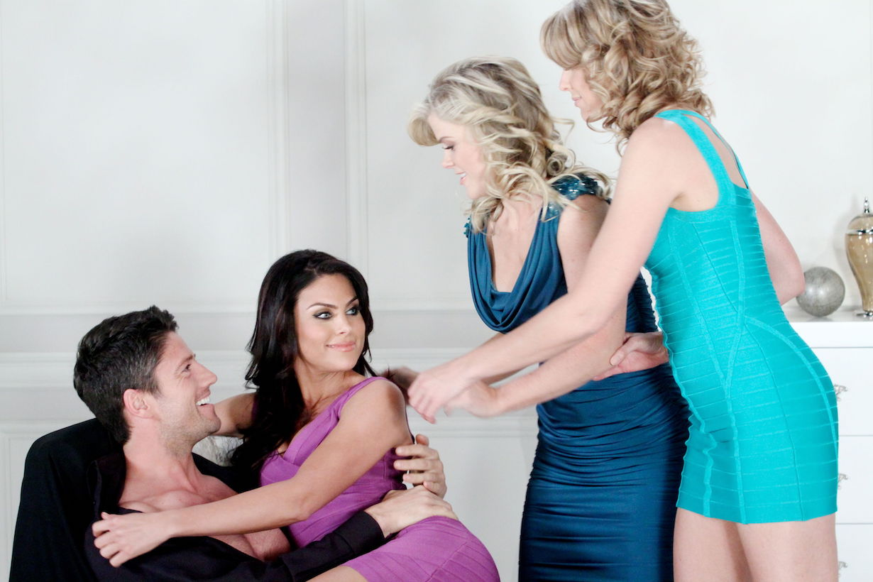 "Alison Sweeney, Nadia Bjorlin, James Scott, Arianne Zuker""Days of our Lives"" Promo Shoot""Days of our Lives"" SetNBC StudiosBurbank, Ca.01/21/11©Paul Skipper/jpistudios.com310-657-9661"