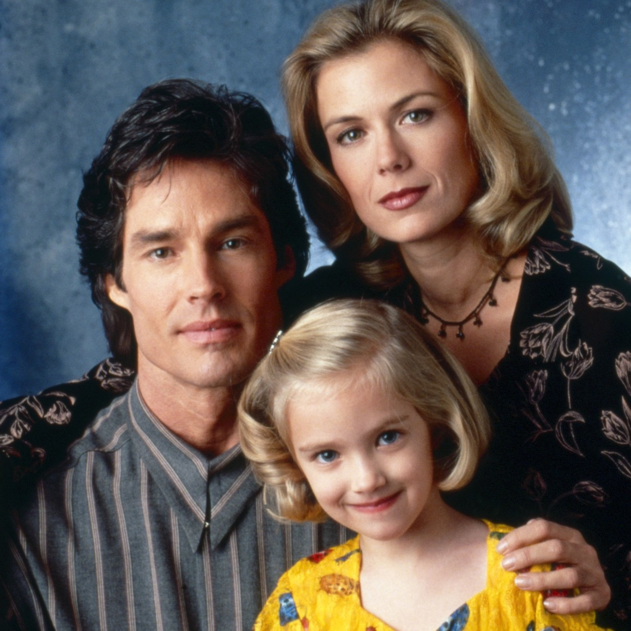 THE BOLD AND THE BEAUTIFUL, from left: Ronn Moss, Landry Allbright, Katherine Kelly Lang, 1990s, 1987– . ph: Monty Brinton /© CBS / Courtesy Everett Collection