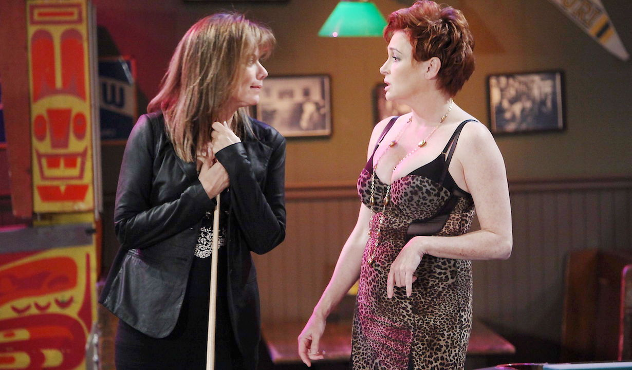 "Nancy Lee Grahn, Carolyn Hennesy""General Hospital"" SetThe Prospect StudiosABC StudiosLos Angeles12/20/11©Howard Wise/jpistudios.com310-657-9661Episode # 12488U.S.Airdate 02/03/12"