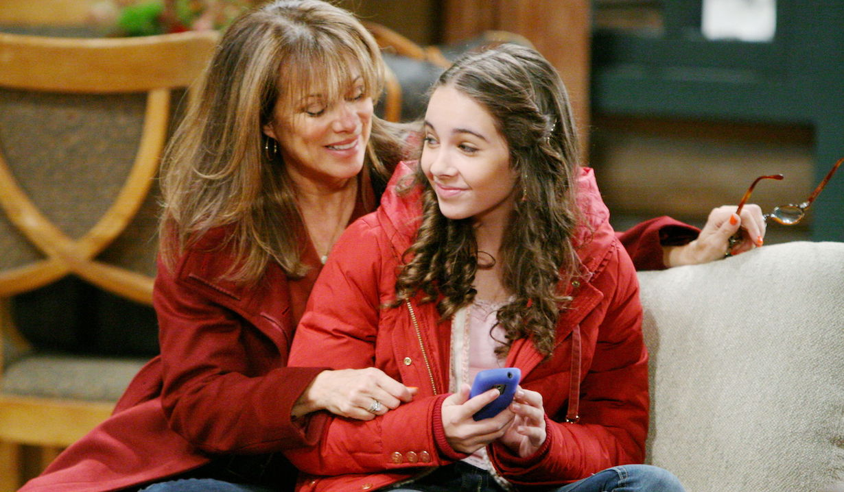 "Nancy Lee Grahn, Haley Pullos""General Hospital"" SetThe Prospect StudiosABC StudiosLos Angeles11/02/11©Howard Wise/jpistudios.com310-657-9661Episode # 12444U.S.Airdate 12/01/11"