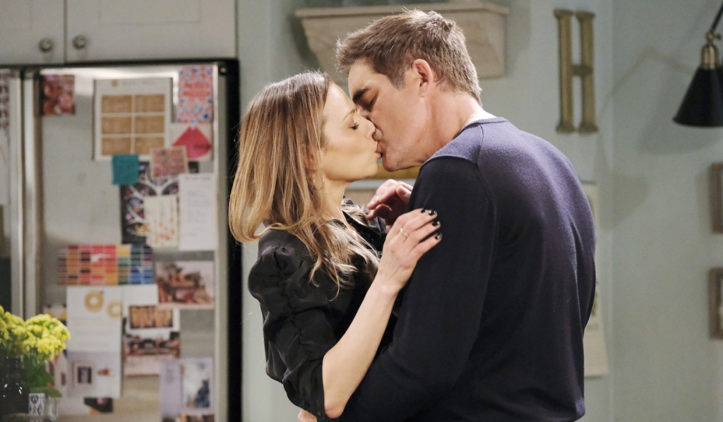 Rafe and Ava kiss on Days of Our Lives
