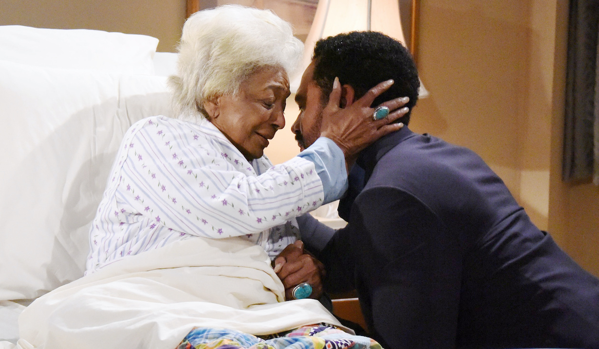 "Nichelle Nichols, Kristoff St John""The Young and the Restless"" Set Taping the 11,000 Episode with Guest Star Nichelle NicholsCBS television CityLos Angeles07/25/16© XJJOHNSON/jpistudios.com310-657-9661Episode # 11000U.S. Airdate 09/01/16"