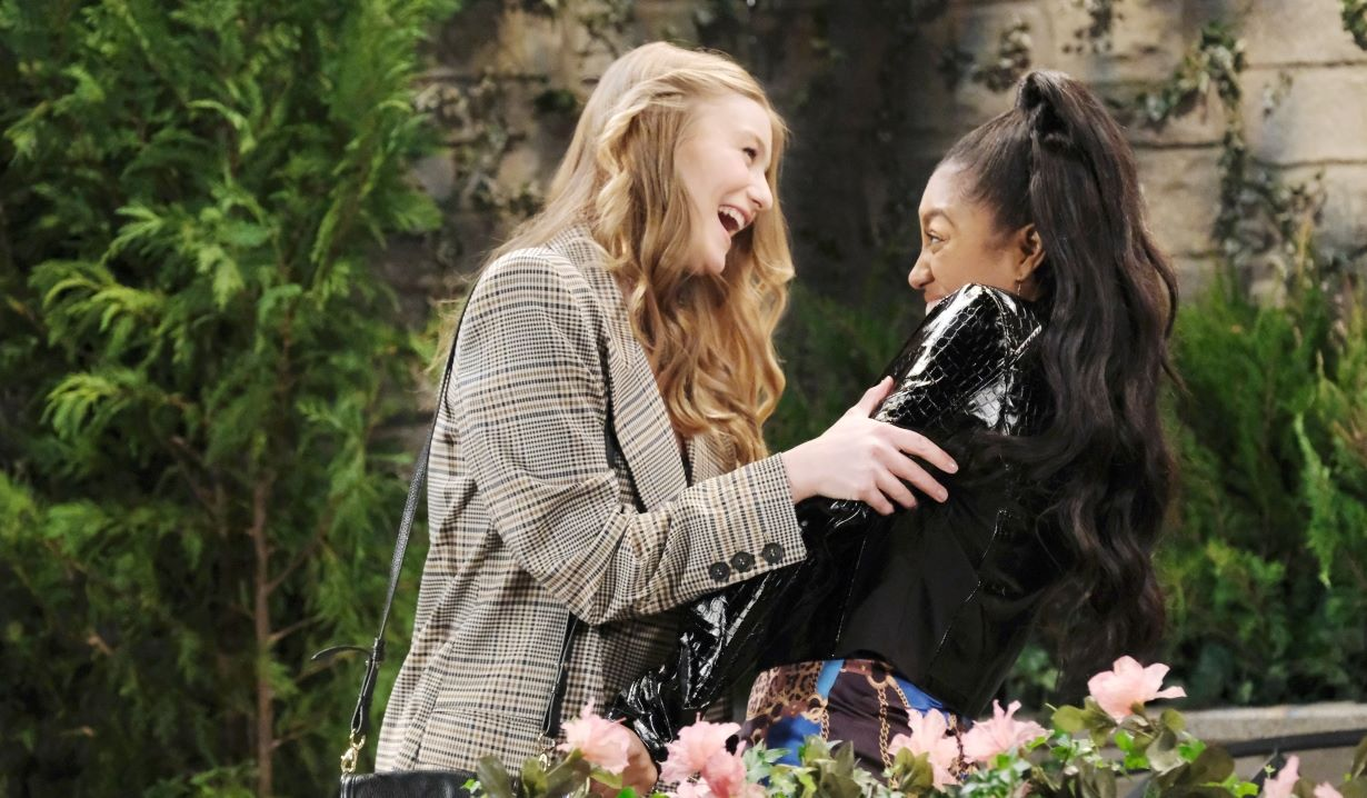Allie bumps into Chanel in park Days of our Lives