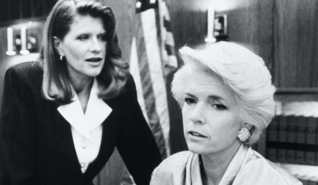 HER FINAL FURY: THE BETTY BRODERICK THE LAST CHAPTER, (from left): Judith Ivey, Meredith Baxter, 1992. © Patchett Kaufman Entertainment / Courtesy: Everett Collection