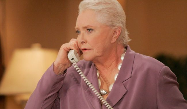 """Susan Flannery""""The Bold and the Beautiful"""" Set CBS Television City Los Angeles 9/25/06 ©Sean Smith/jpistudios.com 310-657-9661 Episode # 4923 U.S. Airdate 10/26/06"""