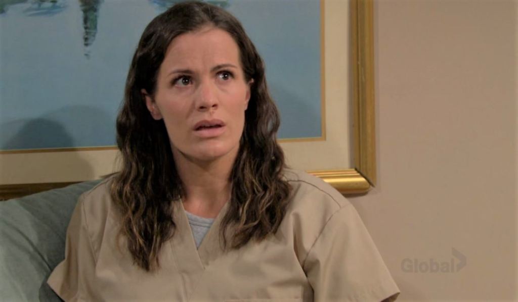 Chelsea and Rey discuss delusions at mental hospital Y&R