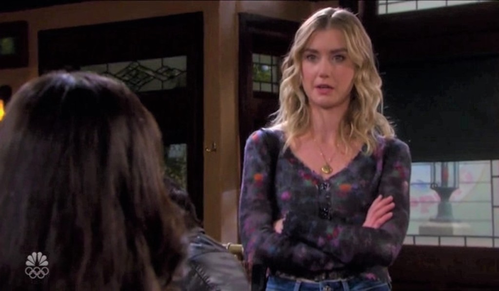 Claire argues with Jan at pub Days of our Lives