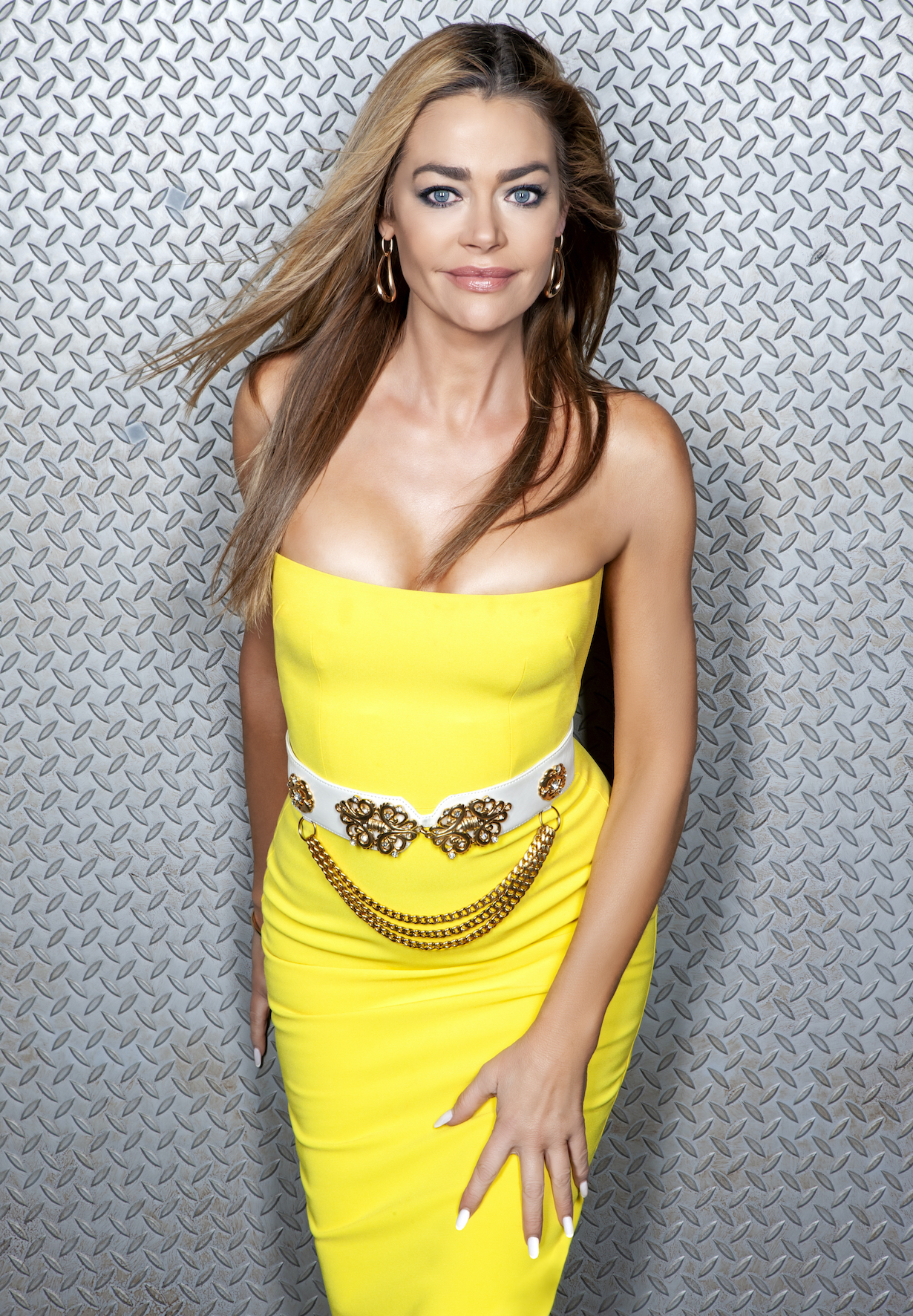 Denise Richards of the CBS series THE BOLD AND THE BEAUTIFUL, Weekdays (1:30-2:00 PM, ET; 12:30-1:00 PM, PT) on the CBS Television Network. Photo: Gilles Toucas/CBS 2020 CBS Broadcasting, Inc. All Rights Reserved.