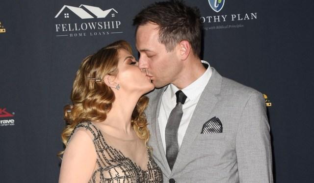 Jen Lilley, Jason Wayne kiss Days