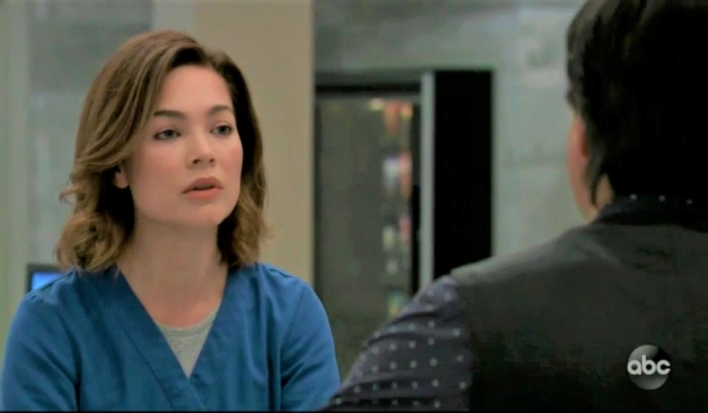 Liz complains about Peter to Finn at General Hospital