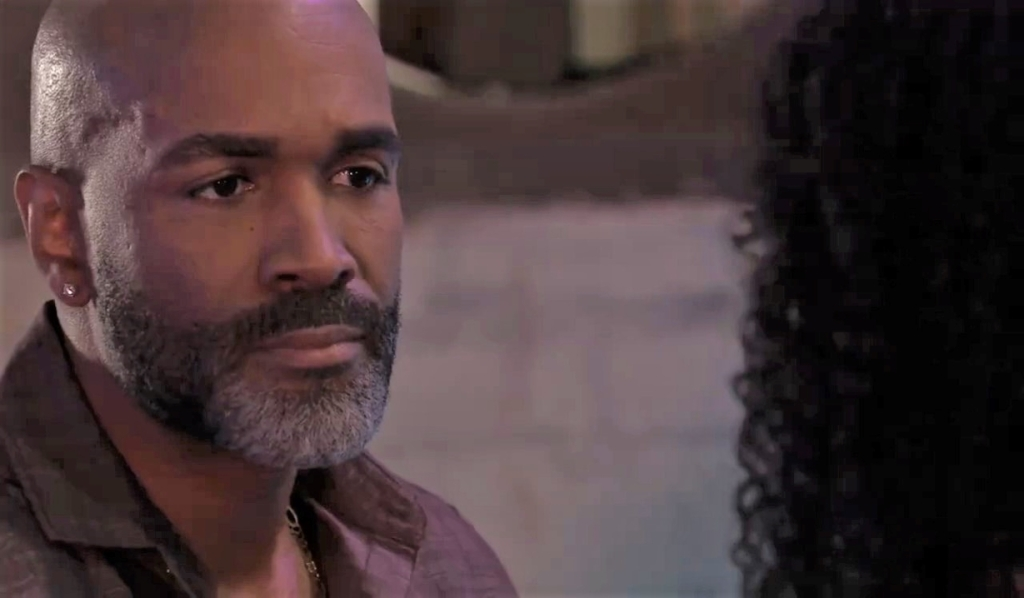 Portia tells Curtis she needs him at The Savoy General Hospital