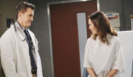Snyder orders Gwen to be his courier at hospital Days of Our Lives