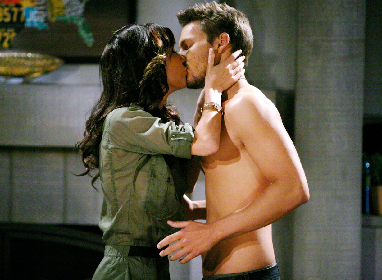 """Scott Clifton, Jacqueline MacInnes Wood """"The Bold and the Beautiful"""" steffy liam kiss hw"""