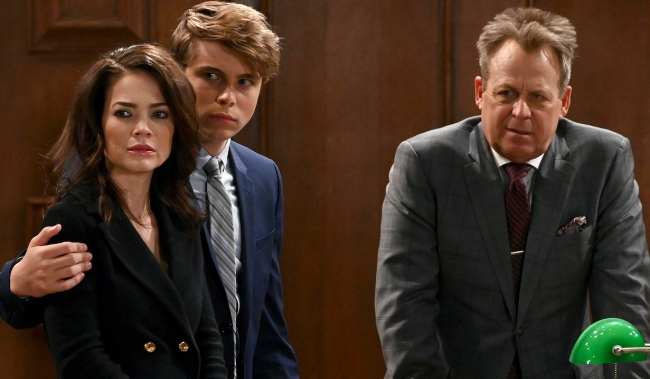 """liz cameron scotty GENERAL HOSPITAL - Rebecca Herbst (Elizabeth), William Lipton (Cameron) and Kin Shriner (Scott) in scenes that air the week of October 28, 2019 on ABC's """"General Hospital."""" """"General Hospital"""" airs Monday-Friday, 3-4pm, ET on ABC. GH19(ABC/Valerie Durant) REBECCA HERBST, WILLIAM LIPTON, KIN SHRINER"""