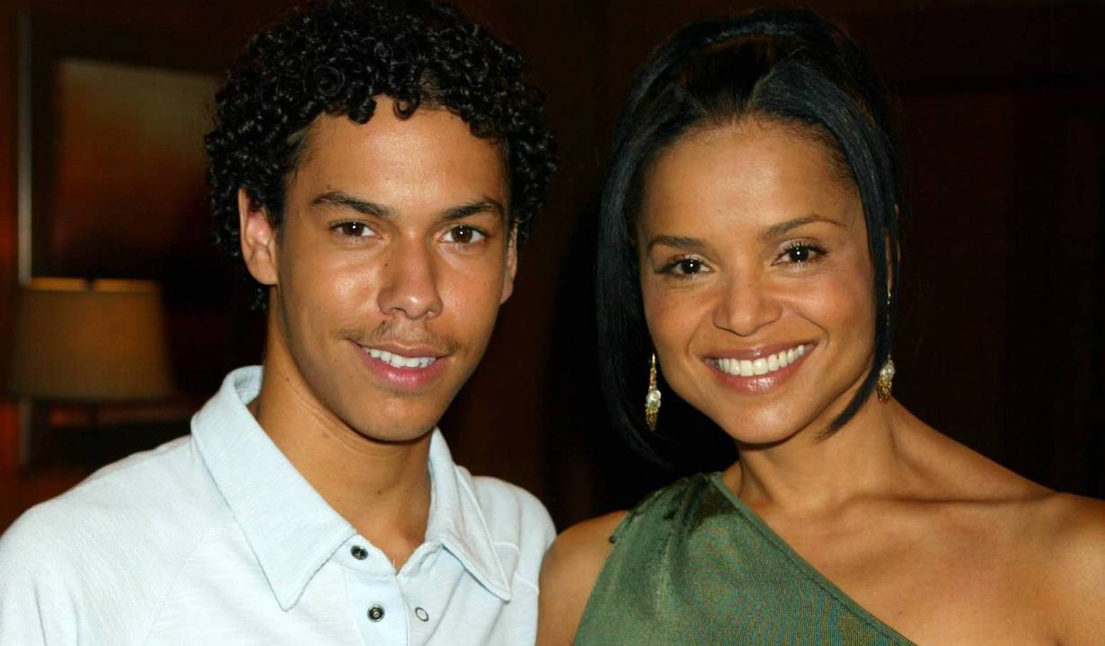 """devon drucilla Victoria Rowell and Bryton McClure""""The Young and the Restless"""" SetCBS Television City7/14/04©Aaron Montgomery/jpistudios.com310-657-9661"""