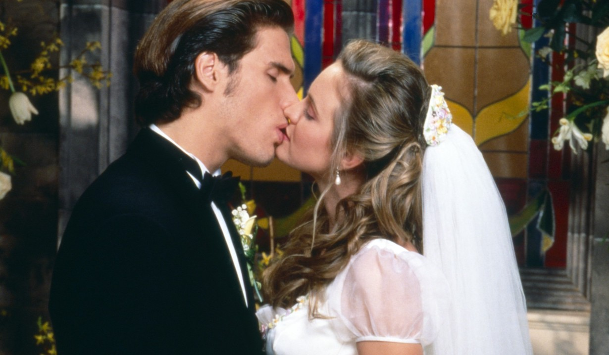 THE YOUNG AND THE RESTLESS, from left: Josh Morrow, Sharon Case, 1996, 1973-, ph: Cliff Lipson /© CBS /Courtesy Everett Collection nick wedding