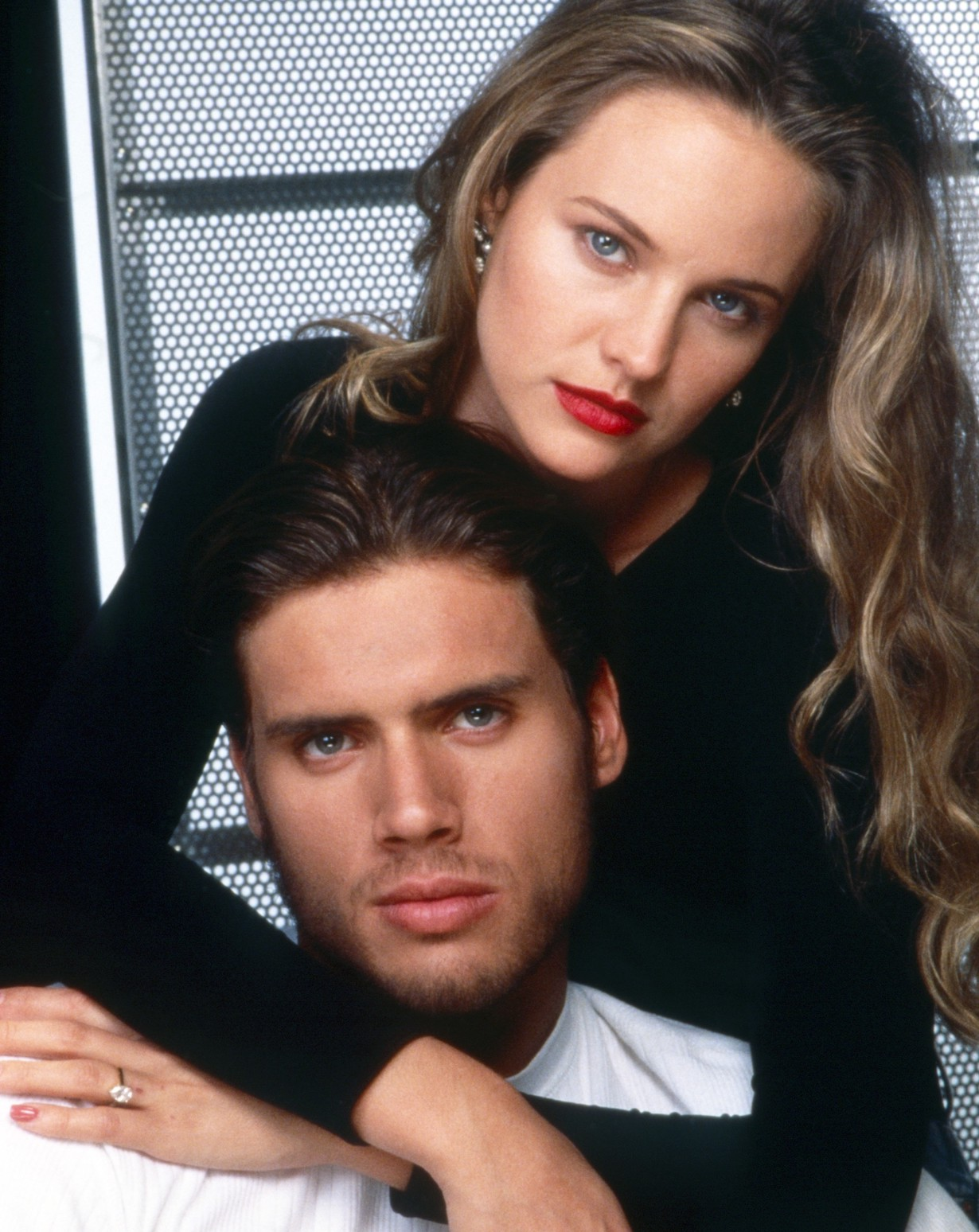 THE YOUNG AND THE RESTLESS, from left: Joshua Morrow, Sharon Case, 1990, 1973-, ph: Cliff Lipson /© CBS /Courtesy Everett Collection