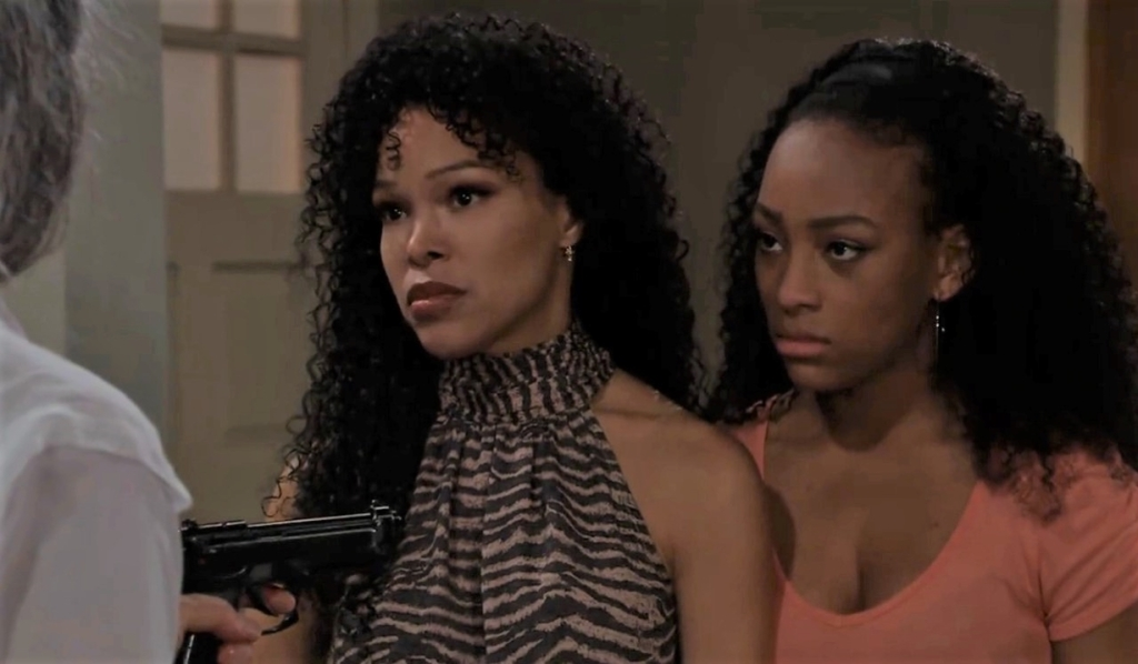 Cyrus threatens Portia and Trina at home General Hospital