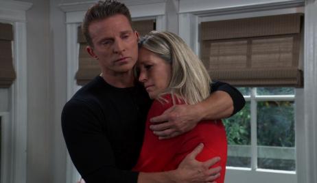 GH Jason carly hug kitchen screenshot