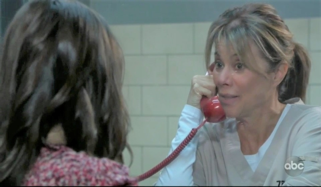 Molly visits Alexis in Pentonville General Hospital